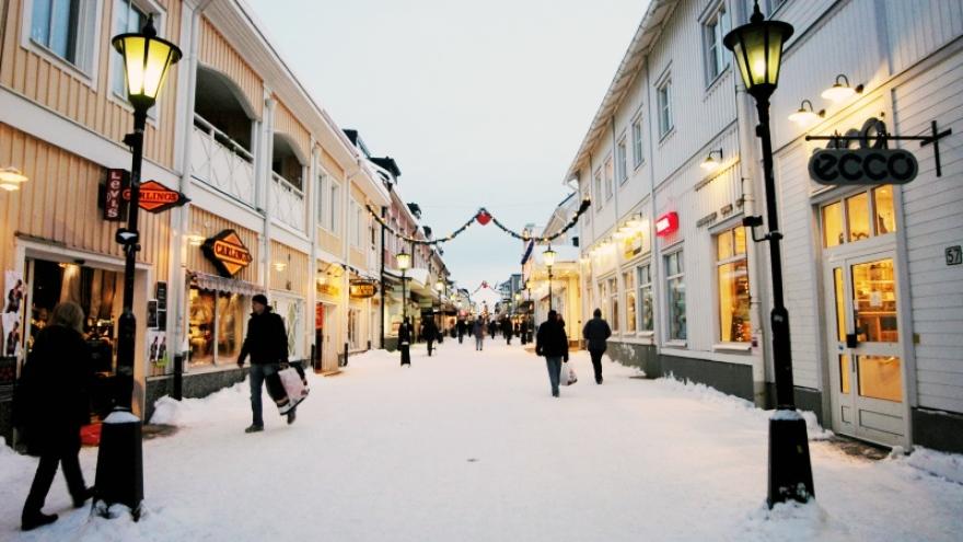 Shopping street in Piteä